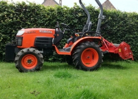 Kubota B2230 + attributen